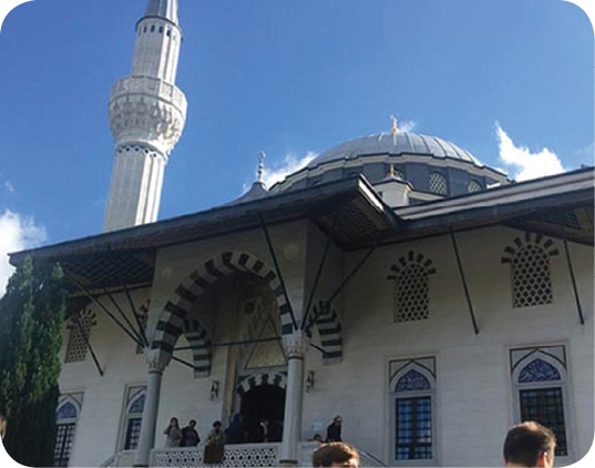 Over1,000 mosques across Germany open their doors to non-Muslims