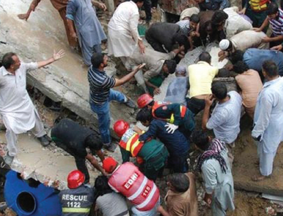 24 Killed As Lahore Mosque Collapses