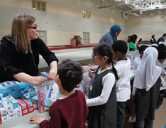 Canadian Muslims Volunteer to Help Famine Victims