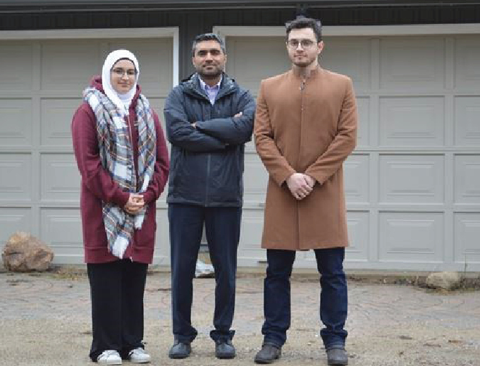Group raises $35,000 to battle city decision on Muslim prayer centre
