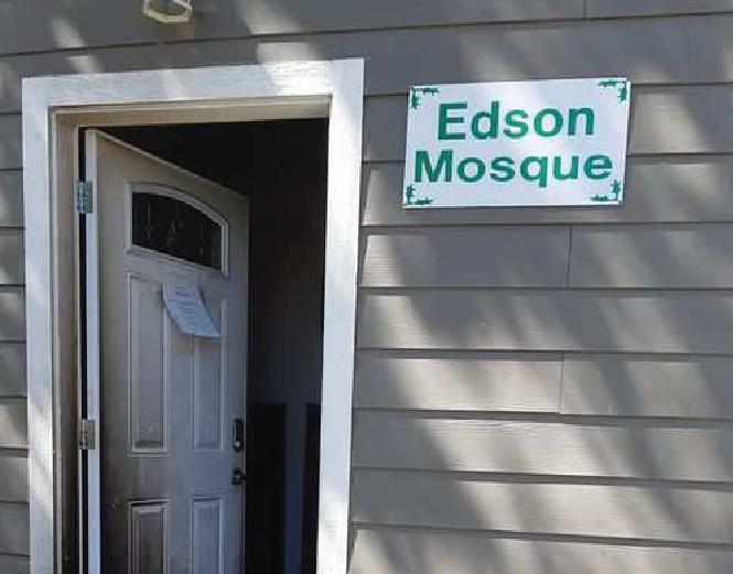 Alberta mosque set ablaze in 'brazen' arson