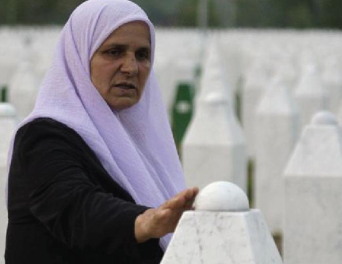 'Mother' of Srebrenica victims 'Hatidza Mehmedovic' dies aged 66