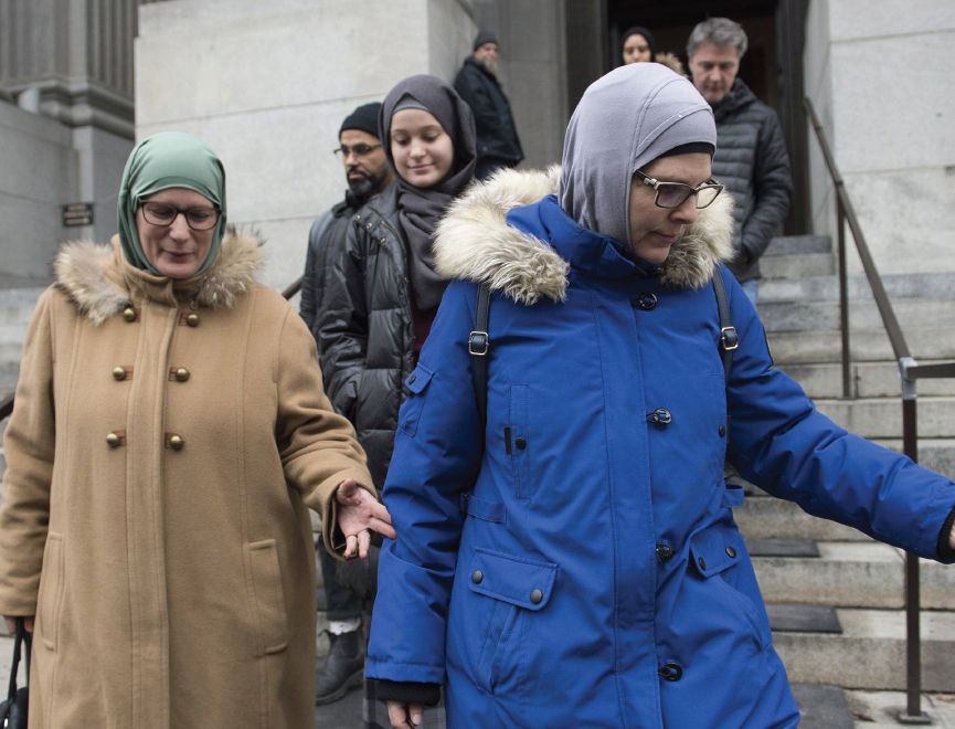 Quebec organization creates pamphlet to educate Muslim women about their rights