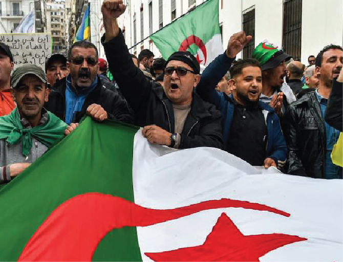 Algeria police arrest anti-government protesters