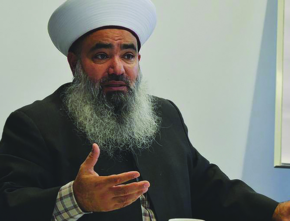Renowned imam calls on Muslims to engage with France